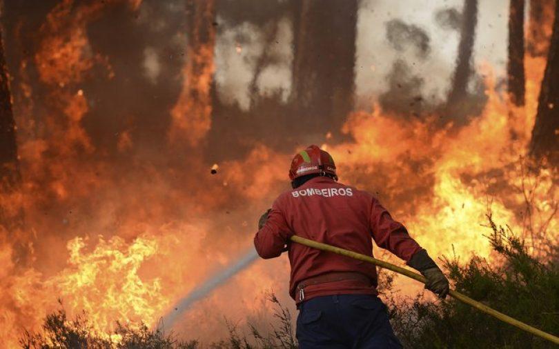 Dispositivo de combate a incêndios na capacidade máxima até 15 de outubro