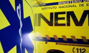 Dois feridos graves em choque frontal em Oliveira do Hospital