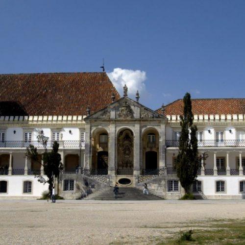 Universidade de Coimbra visitada por mais de 300 mil turistas em 2015