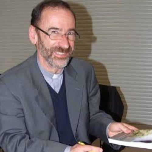 """Padre António Loureiro apresentou """"Fracasso e Misericórdia no Matrimónio"""""""