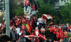 A festa dos benfiquistas em Oliveira do Hospital começou mal acabou a partida no Estádio da Luz com a vitória por 4-1.