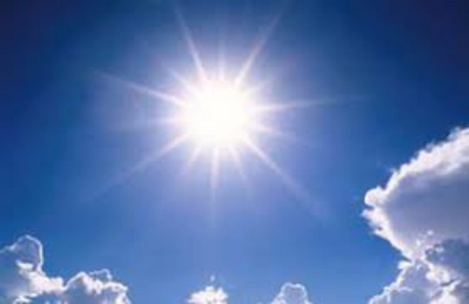 Céu limpo e descida da temperatura máxima no fim de semana