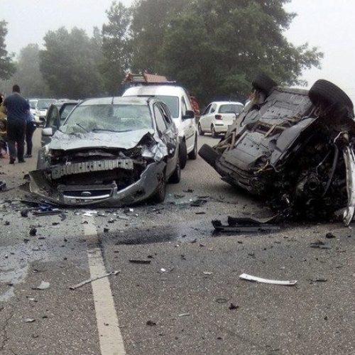 Duas crianças entre os feridos de acidente com quatro carros