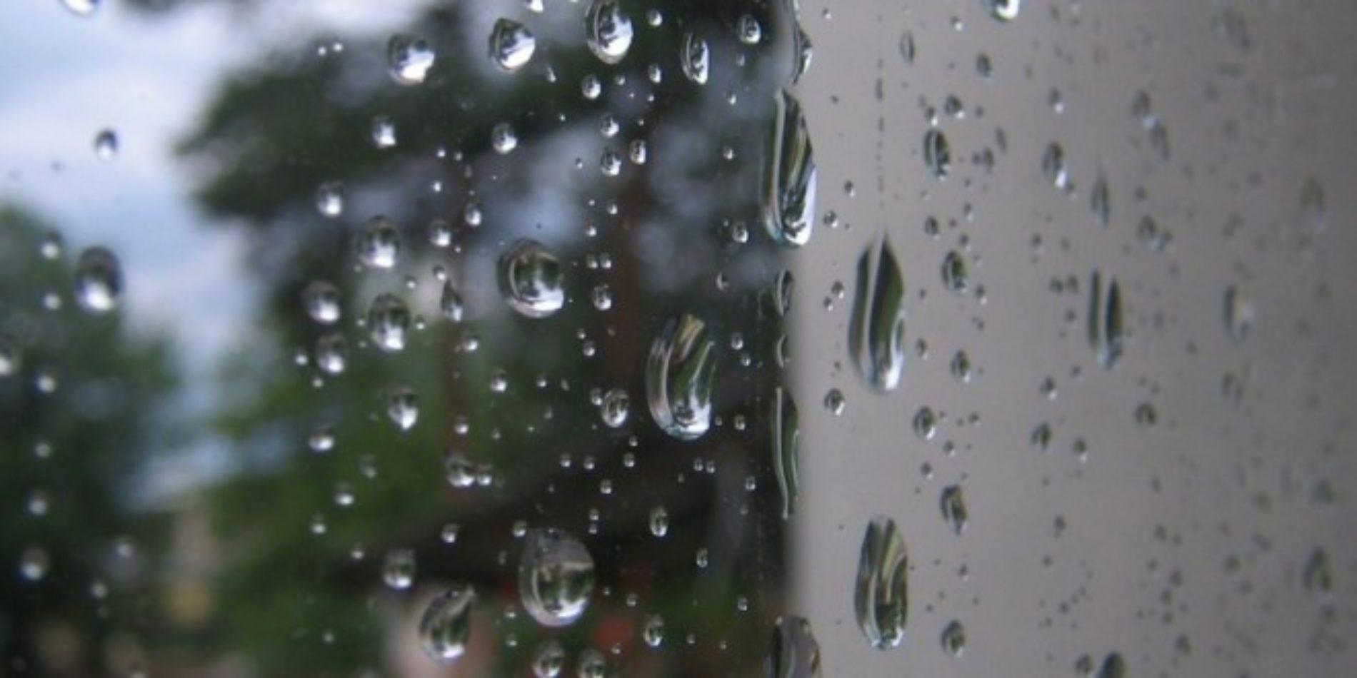 Semana arranca cinzenta e com chuva