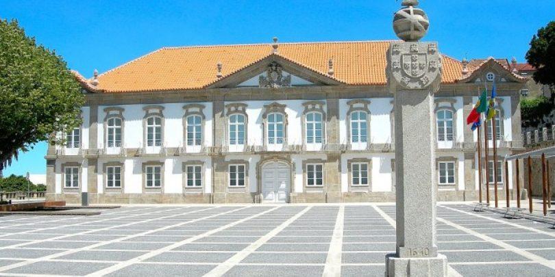 Câmara de Seia distingue personalidades e alunos no Dia do Município