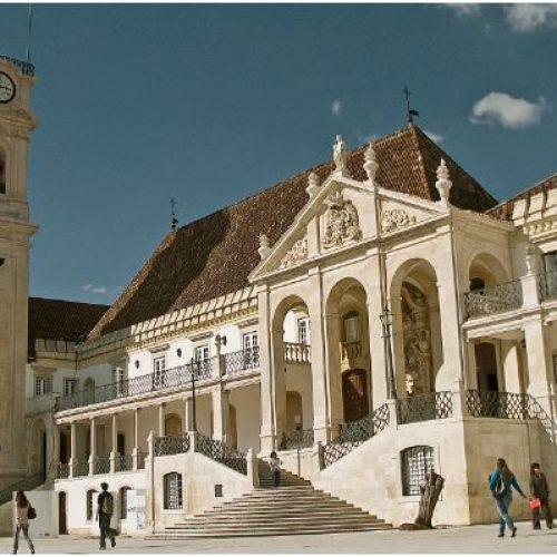 Universidade de Coimbra lança plataforma com investigação sobre Covid-19