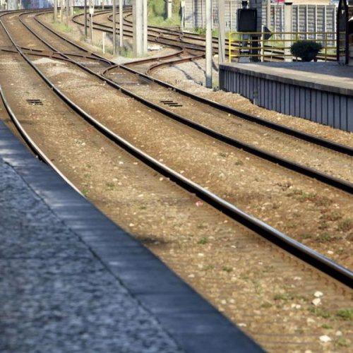 Um morto em atropelamento ferroviário na linha do norte