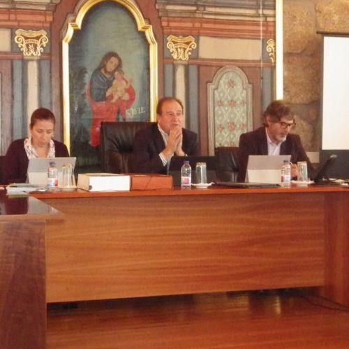 Oliveira do Hospital aprova orçamento de 27,6 milhões de Euros para 2017
