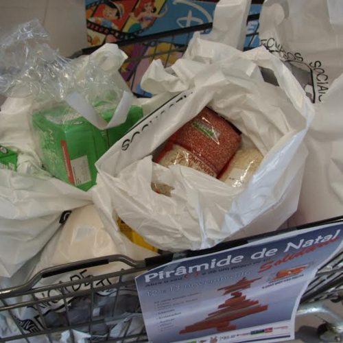 Pirâmide de Natal Solidário angariou 2.150 kg de bens alimentares em Oliveira do Hospital