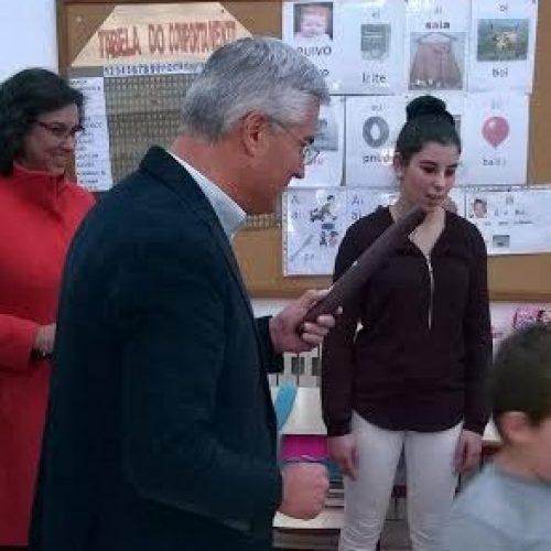 Município de Tábua entrega flautas aos alunos do 1º Ano