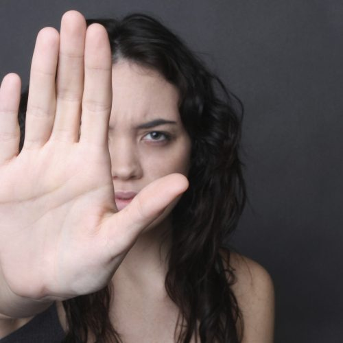 Hoje arranca campanha para combater violência contra mulheres