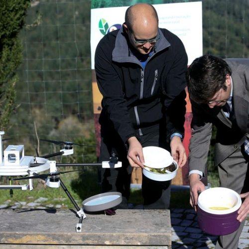 Região: Drone leva comida a idosos de aldeias isoladas de Coimbra