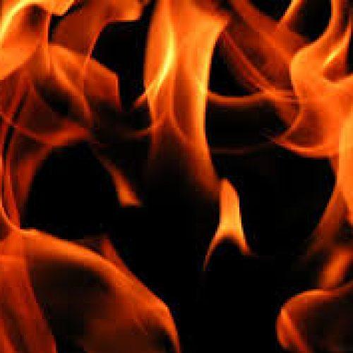Incêndio em habitação causa dois mortos