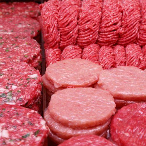 Nacional: Deco desaconselha compra de hambúrgueres já picados nos talhos