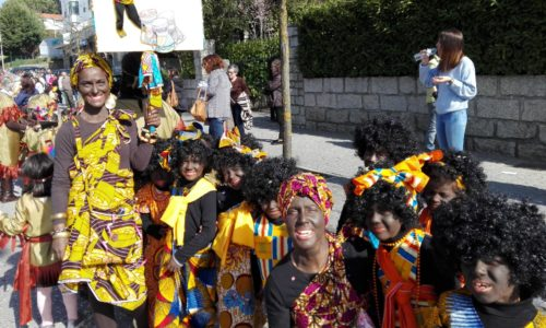 """Cortejo de Carnaval do AEOH realiza-se amanhã sob o tema da """"sustentabilidade"""" (com vídeo)"""