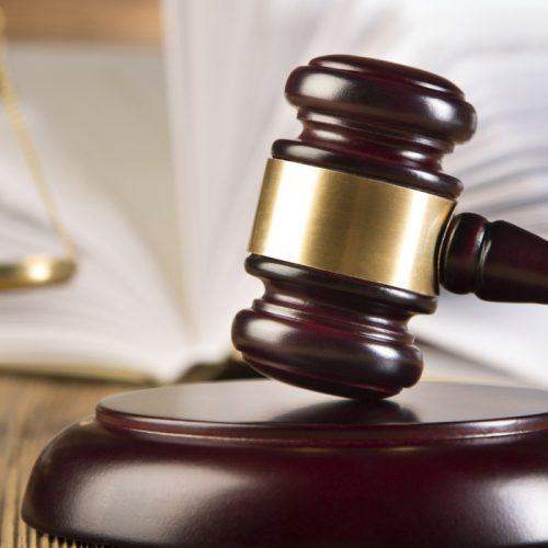 Região: Tribunal condena acusados de homicídio a penas de 12 e 13 anos de prisão