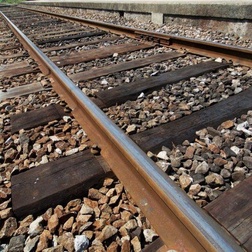 Comboio de mercadorias descarrilou na Linha do Norte