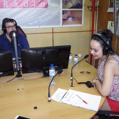 """Alandra apresenta """"A noite é nossa"""" na Rádio Boa Nova"""