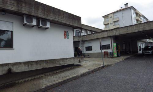 Centro de Saúde de Oliveira do Hospital continua sem gerador. Cidade está há mais de cinco horas sem energia