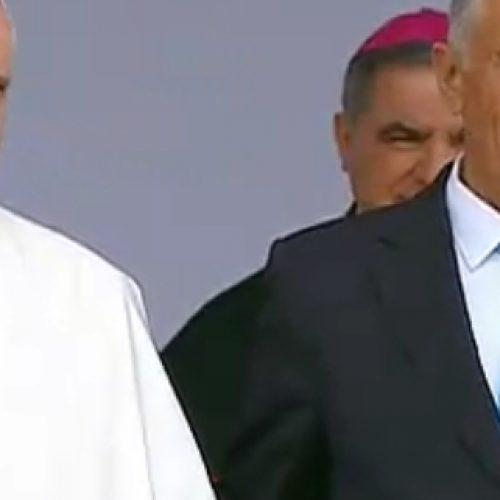 Papa recebido pelas três mais altas entidades do Estado português