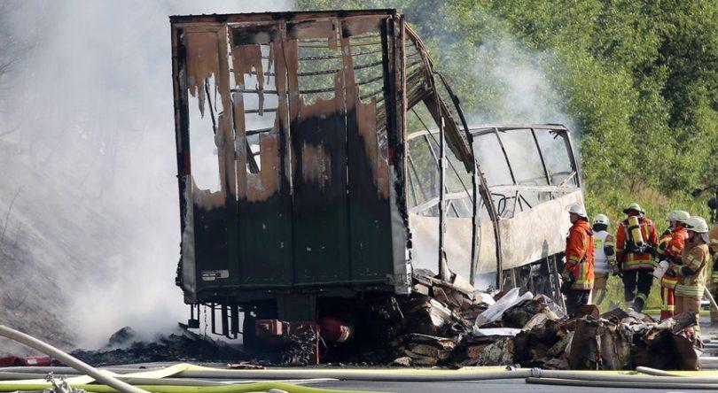 Mundo: Acidente rodoviário na Alemanha causou 31 feridos e há desaparecidos