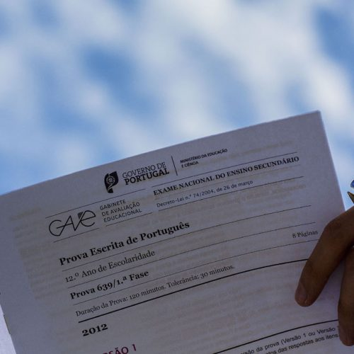 País: Médias melhoram a Português e Matemática