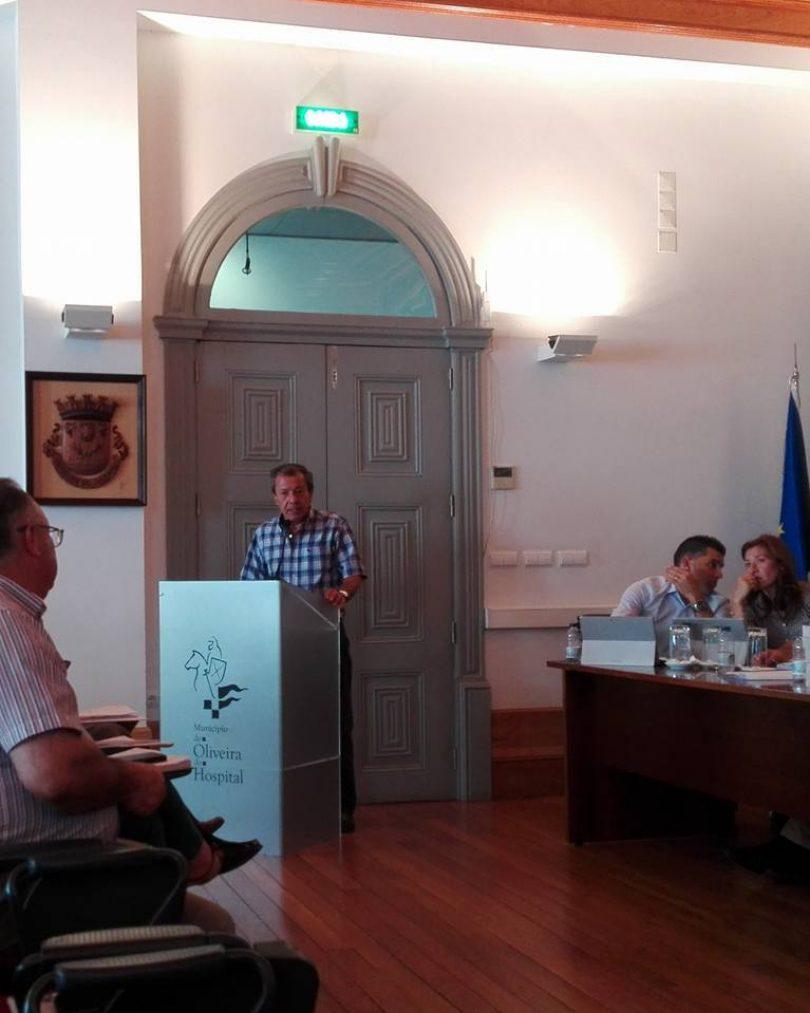 """Carlos Maia (PS) disse hoje na Assembleia Municipal que o candidato do PSD à Câmara Municipal, João Paulo Albuquerque, é um """"candidato virtual"""""""