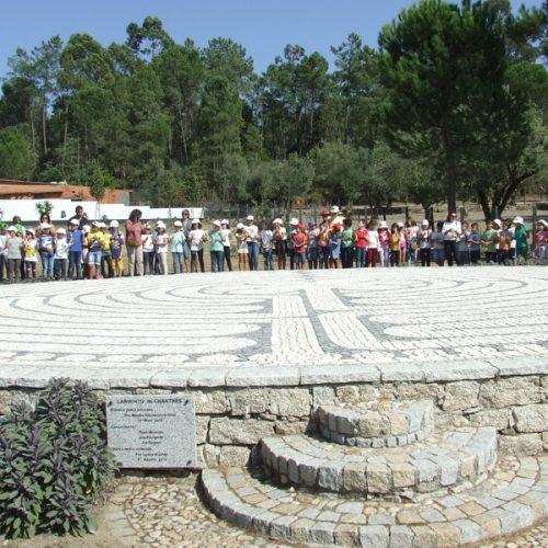 Centenas de crianças assinalaram Dia Internacional da Paz  em Oliveira do Hospital