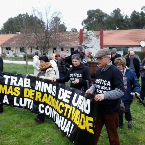 Antigos mineiros em vigília devido a alegada contaminação de casas na Urgeiriça