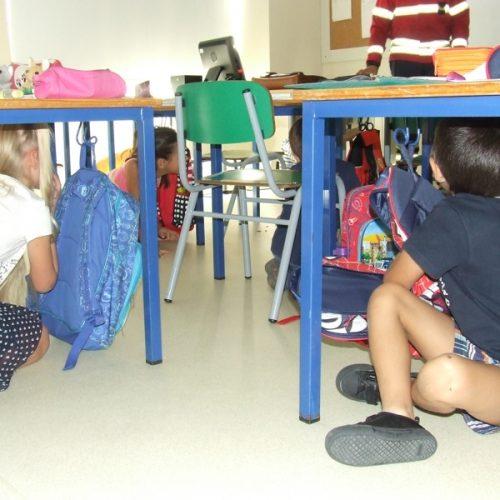 """Alunos do Centro Escolar de Nogueira participaram no simulacro  """"A Terra Treme"""""""