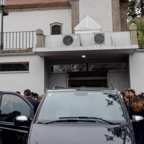 Tiveram hoje início os funerais das vítimas do incêndio em Oliveira do Hospital. Número de mortes subiu para 12