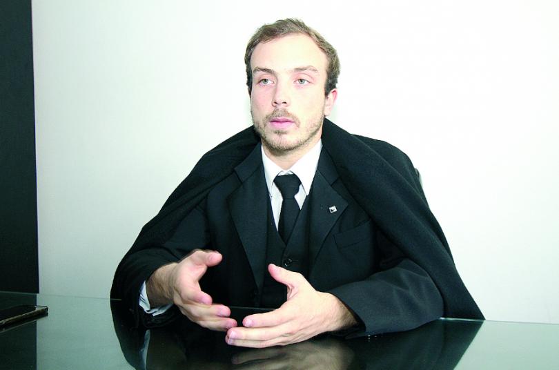 Alexandre Amado reeleito presidente da Associação Académica de Coimbra