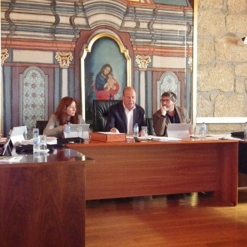 Vereador do PSD questionou despesas com refeições e foi acusado de fazer política de merceeiro