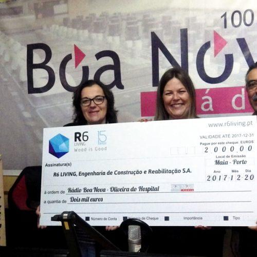 """Empresa """"R6 Living"""" entregou donativo à Rádio Boa Nova"""