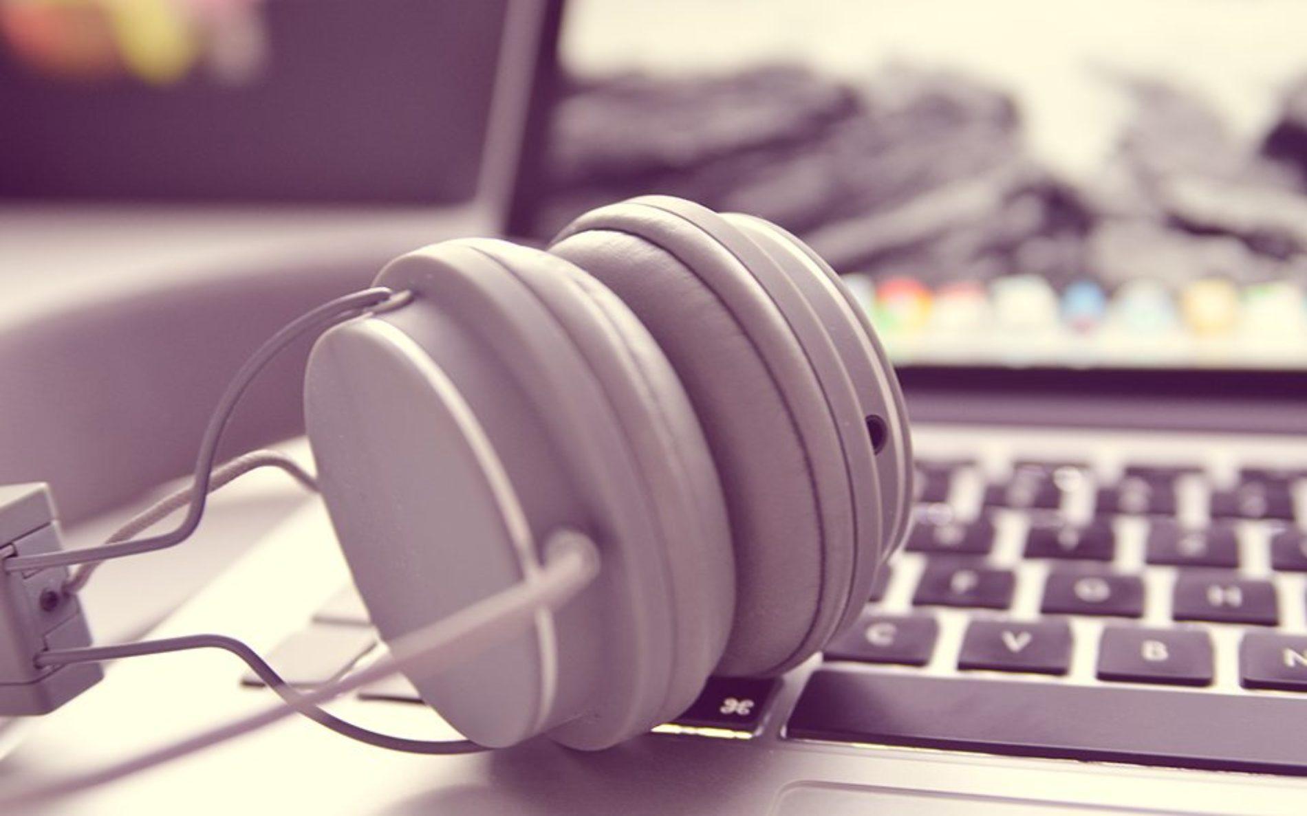 Portugueses têm ouvido mais rádio através da internet