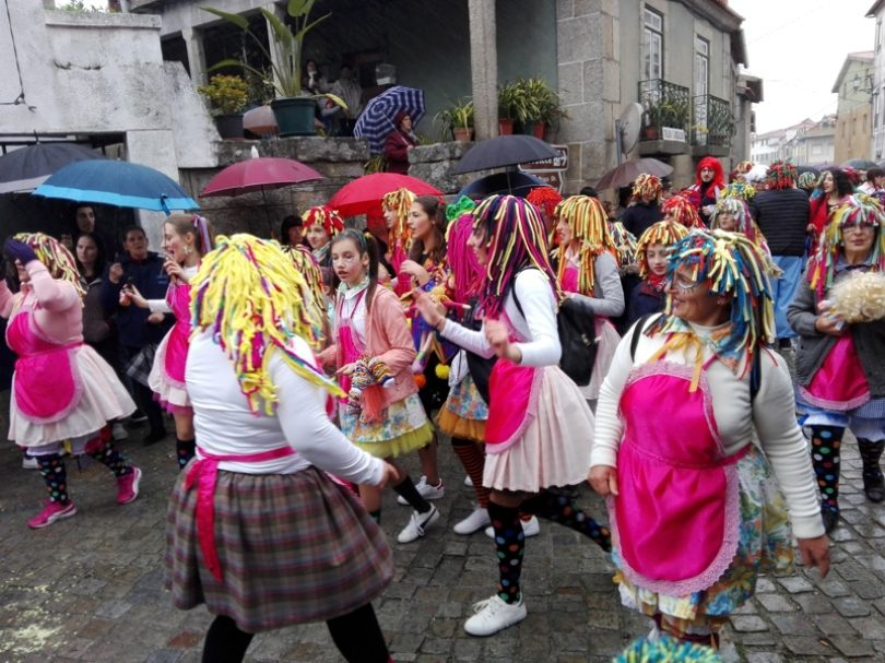 Nem a chuva impediu o Carnaval da Beira Serra em Lagares da Beira