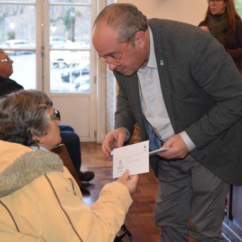 Seia entregou primeiros cartões da Rede Solidária do Medicamento