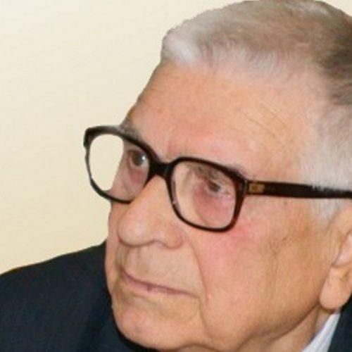 """Faleceu o diretor do jornal """" A Comarca de Arganil"""""""