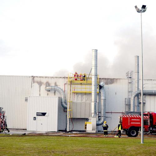 Incêndio destruiu novo setor da fábrica da Roca em Cantanhede