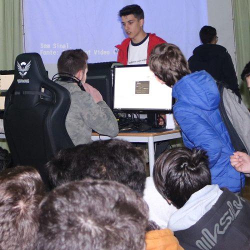"""Agrupamento de Escolas ajuda alunos a fazer """"escolhas conscientes"""""""