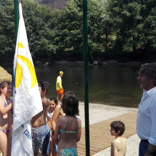 """S. Sebastião da Feira renova galardão de """"praia acessível"""""""