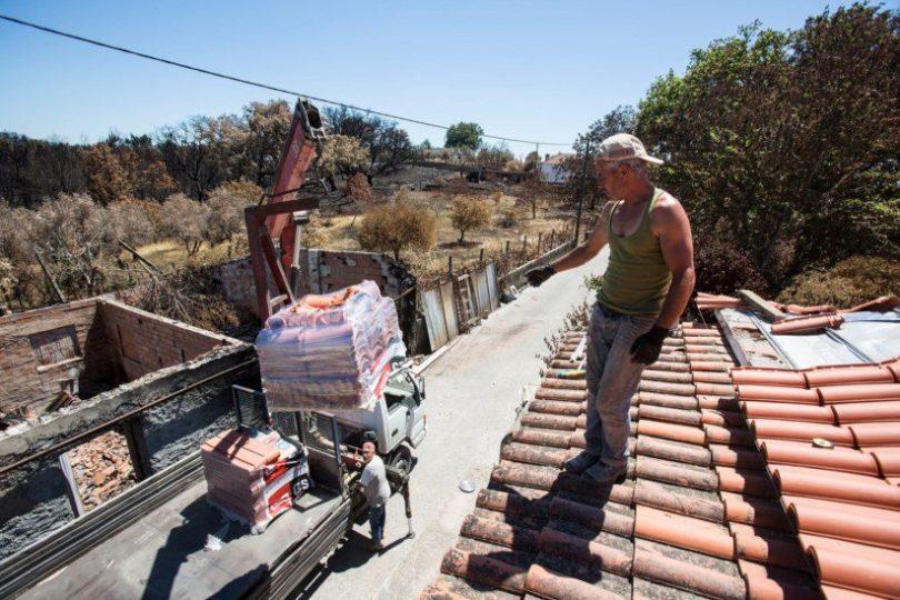 Suspensos apoios a cinco casas de Pedrógão por suspeitas de irregularidades