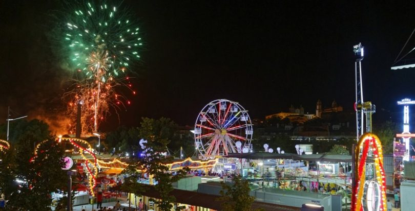 Viseu: Fogo-de-artifício marcou arranque da Feira de S. Mateus