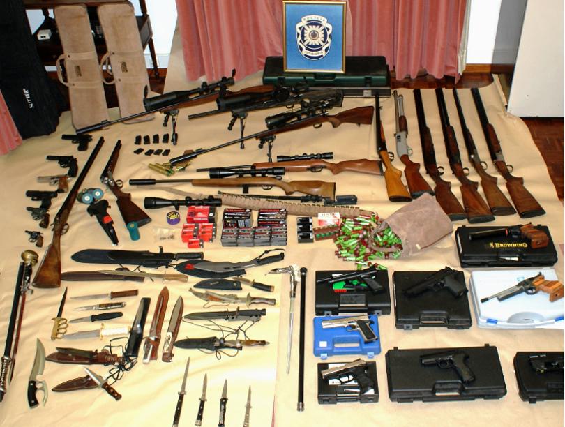 Mealhada: PJ apreendeu elevado número de armas e munições proibidas