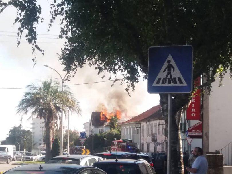 Viseu: Incêndio urbano no centro da cidade