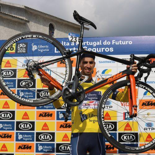 Venceslau Fernandes vence 2ª etapa da Volta a Portugal do Futuro em Oliveira do Hospital