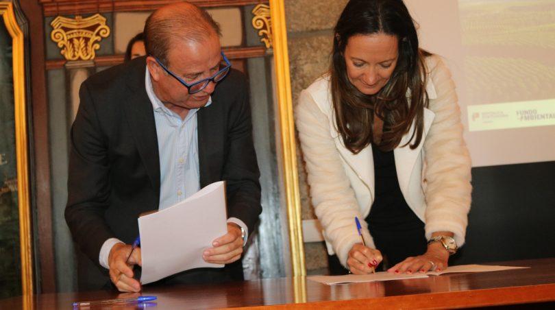 """Município oliveirense assinou Contrato do Fundo Ambiental com o objetivo de """"mudar comportamentos"""""""