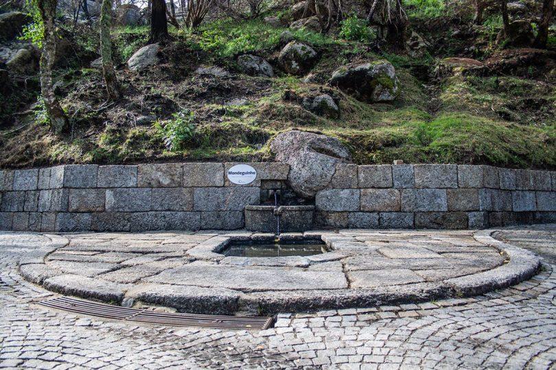 Gouveia limpa nascente do rio Mondego e fontanários na Serra da Estrela