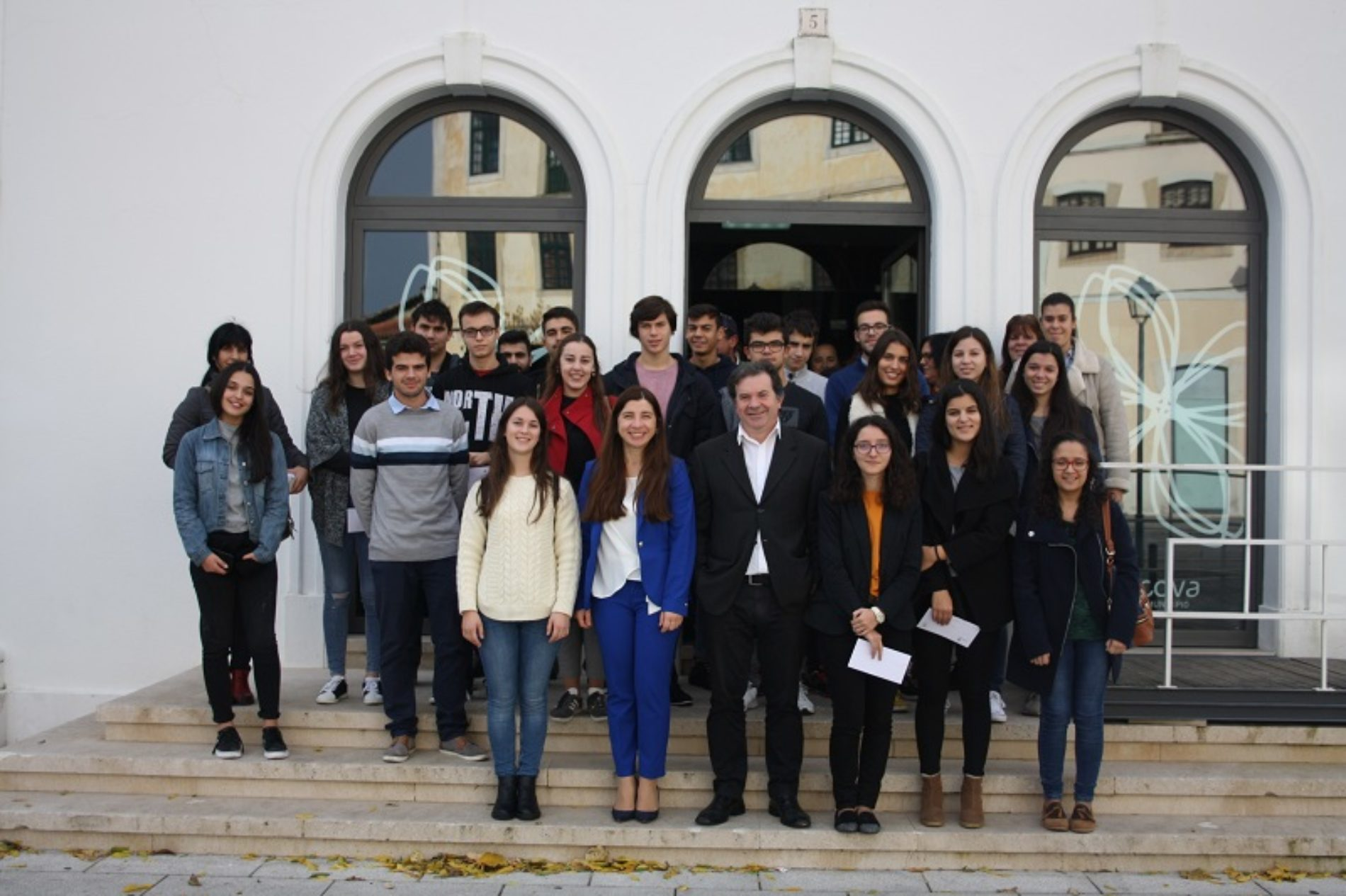 Município de Penacova entregou bolsas de estudo a alunos do ensino secundário e superior