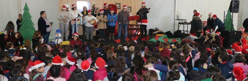 """Largo Ribeiro do Amaral acolhe hoje uma """"edição especial natalícia"""" com mais de mil crianças"""